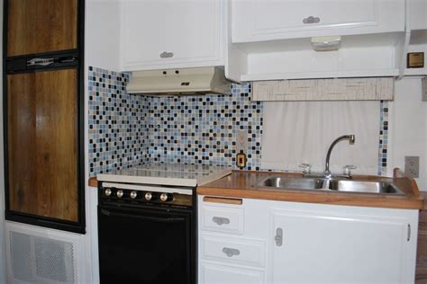 lightweight kitchen cabinets 208 best images about cer remodel on 3792