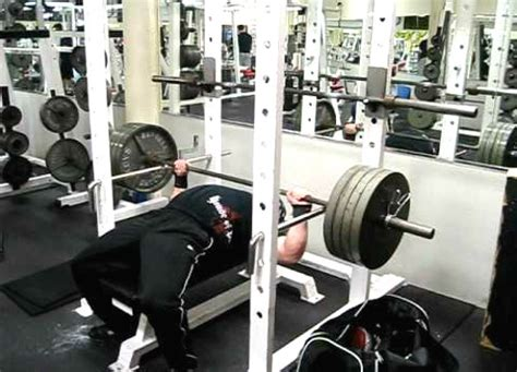 Flat Barbell Pyramid Bench by Powerlifting Bench Press Pyramid Program For Max Strength