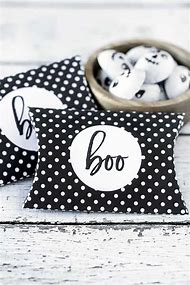 Best Pillow Box - ideas and images on Bing | Find what you'll on halloween invitations, halloween candy box, halloween treat cups, halloween soap box, halloween cricut, halloween wreath,