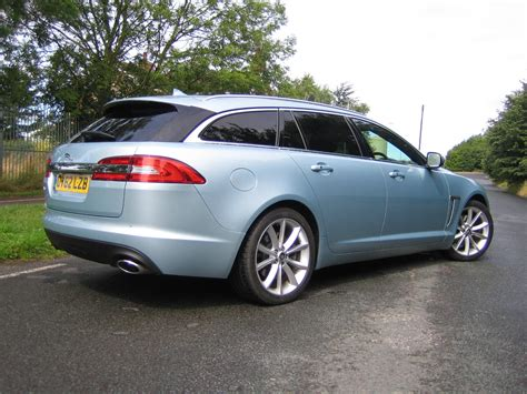 Jaguar Xf Sportbrake 22 Diesel Comes With Luggage Space