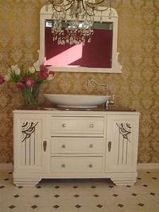 Badmöbel Vintage Style : antike badm bel mit geschichte im landhausstil wasserheimat ~ Michelbontemps.com Haus und Dekorationen