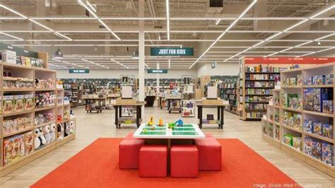 Vernon Barnes And Noble by Barnes Noble Toys With Idea Of Copying Bookstores