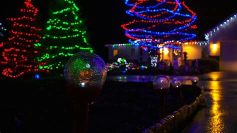 best christmas light displays best holiday lights displays in minnesota wcco cbs