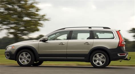 2008 Volvo Xc70 by Volvo Xc70 D5 Se 2008 Term Test Review By Car
