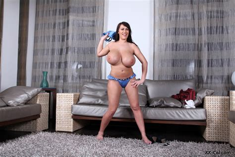 Leanne Crow Nude At Xxcel My Boob Site