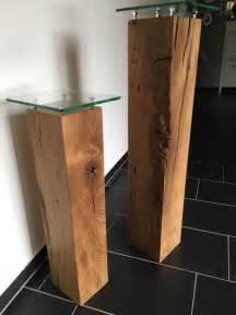 wanddeko fã r wohnzimmer wohnzimmer deko aus holz dekos u00e4ulen aus eichenholz mit glasplatten tolle deko f r