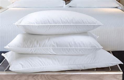 buy luxury hotel bedding  marriott hotels  pillow