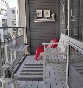 brise vue balcon 50 exemples fascinants en bois et bambou With nettoyage tapis avec canapé pour balcon