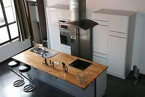 A Quelle Hauteur Mettre Une Hotte : comment installer une hotte aspirante largeur hauteur etc ~ Dallasstarsshop.com Idées de Décoration