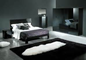 Gray Bedroom Decorating Ideas Bedroom Decorating Ideas With Black Grey And Silver Room Decorating Ideas Home Decorating Ideas
