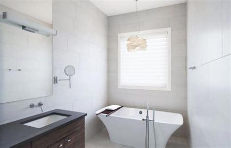 isoler une fen 234 tre dans la salle de bain design feria