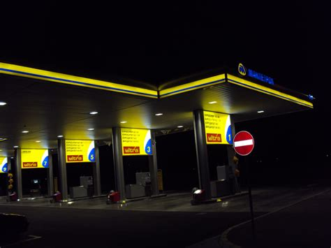 +7 499 745 0529 email: 60W LED Canopy Lights For Gas Station-Smooth Lighting Tech Co.,Ltd