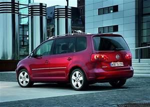 Volkswagen Hybride Rechargeable : volkswagen touran 2015 l 39 hybride rechargeable en pr paration ~ Melissatoandfro.com Idées de Décoration