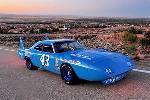 Richard Automobile : richard petty tribute superbird mopar blog ~ Gottalentnigeria.com Avis de Voitures
