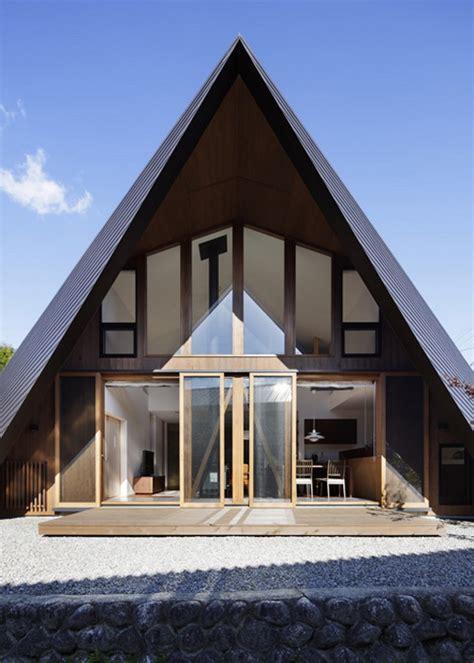 desain atap rumah  desain rumah atap segitiga