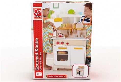 cuisine fille 2 ans c est noël en cuisine même pour les petits sur le nuage