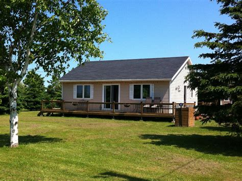 island oasis  cottages  lot mill river pei