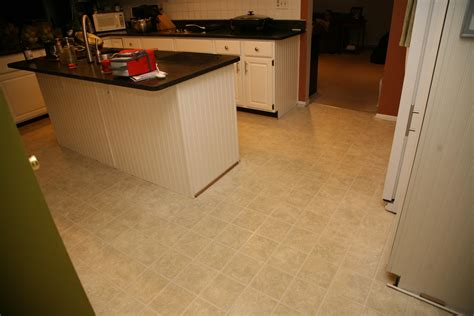Kitchen Flooring : New Kitchen Floors