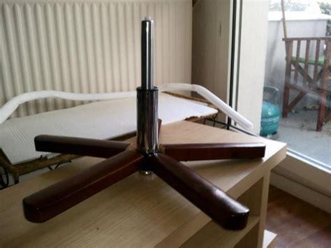 verin fauteuil de bureau demonter un fauteuil de bureau desolidariser le verin