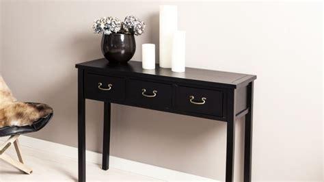 canapé cuir marron vintage console bois un meuble tout en finesse westwing