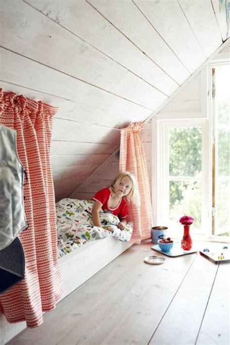 Kinderzimmer Mit Dachschräge Gestalten by Kinderzimmer Dachschr 228 Ge Einen Privatraum Erschaffen