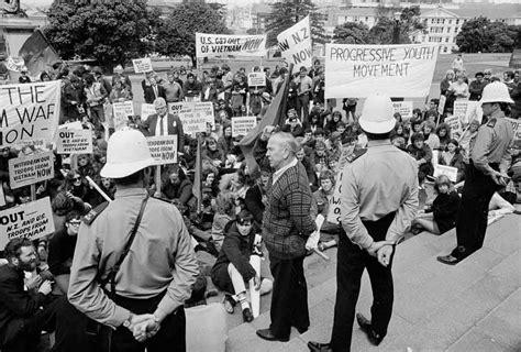anti vietnam war protest  parliament nzhistory