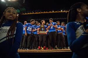 Phillips Academy High School celebrates football state ...