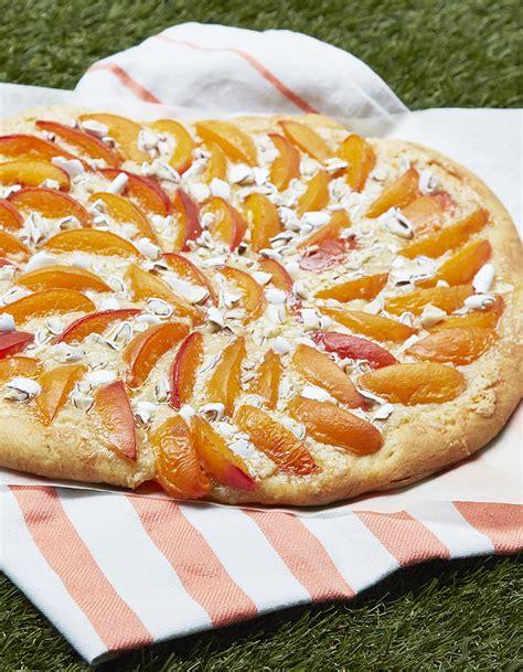pizza sucr 233 e abricot drag 233 es de christophe michalak pour 8 personnes recettes 224 table