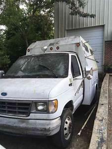 Ford E350 Cutawayvan  1995    Van    Box Trucks