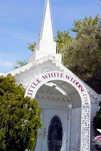 White Chapel Las Vegas : 17 best images about las vegas on pinterest hoovers showgirls and wynn las vegas ~ Markanthonyermac.com Haus und Dekorationen