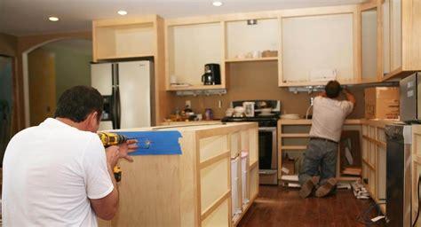 prix renovation cuisine comment réussir la rénovation de sa cuisine à petit prix