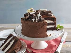 Chocolate-Mint Whipped Cream Cake Recipe - Southern Living