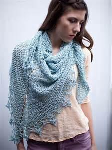 Free Crochet Triangle Shawl Pattern