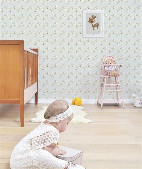 papier peint fille chambre lé de papier peint vintage fleurs lilipinso pour chambre d