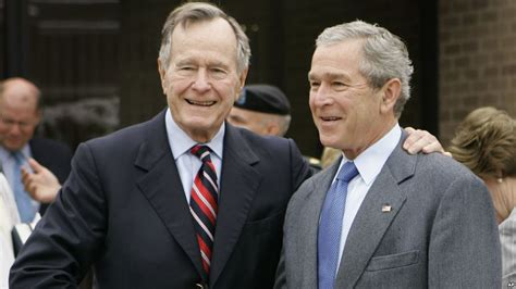 George Bush Resumen Biografia by Bush Padre Critica El Gobierno De Su Hijo Y A Sus Figuras Clave El Sol De Santiago