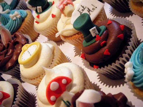 Maybe you would like to learn more about one of these? AIW cupcakes   Alice in wonderland cupcakes, Buttercream ...