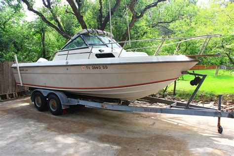 Chaparral Boats Past Models by Chaparral 234 Fishing Boat 1984 For Sale For 4 000