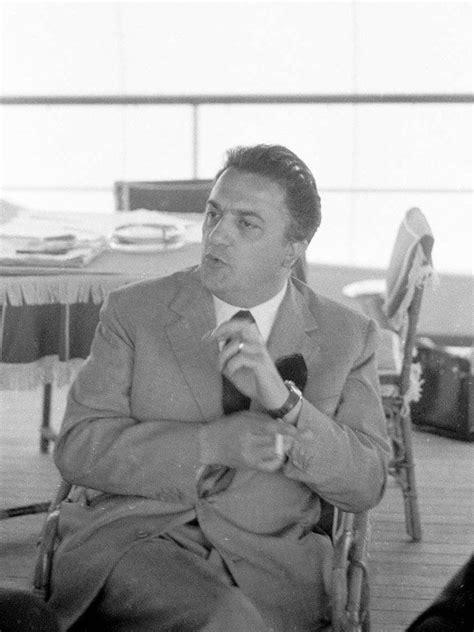 Federico Fellini photo 14 of 14 pics, wallpaper - photo