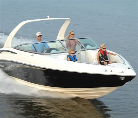 Caravelle Boats Review by Caravelle 267 Bowrider Quot The Enabler Quot Boats