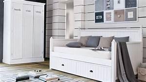 Decoration Chambre Style Marin : une chambre style bord de mer ~ Zukunftsfamilie.com Idées de Décoration