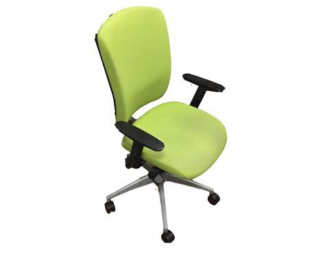 chaise de bureau verte chaise de bureau vert occasion adopte un bureau
