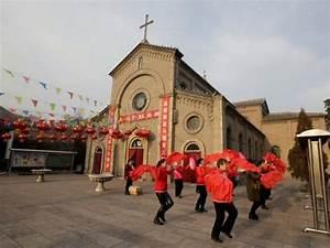 Chinese 'Catholic Church' Asserts Break with Rome