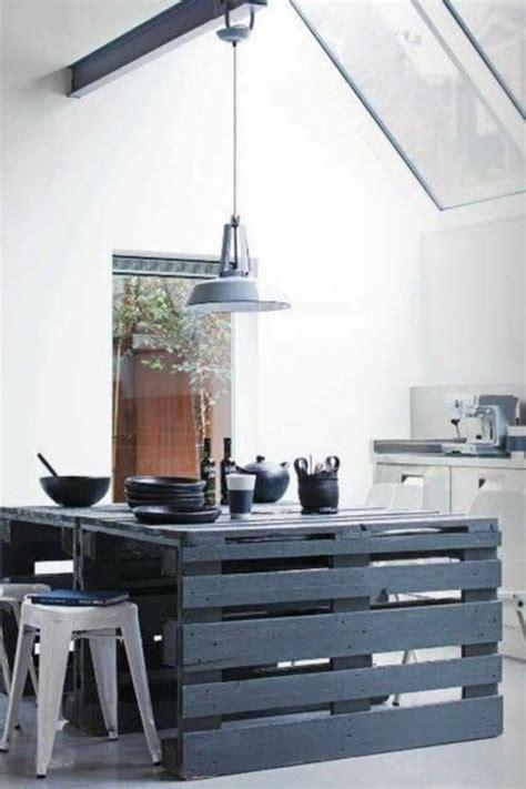 cr馥r un ilot de cuisine ilot de cuisine en bois de palette mzaol com