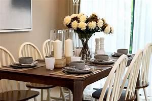 Dekoration Für Esstisch : auf jeden esstisch geh rt auch die passende dekoration von vasen bis hin zu kerzen und blumen ~ Sanjose-hotels-ca.com Haus und Dekorationen