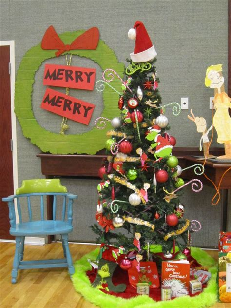 whoville christmas party decorations grinch things