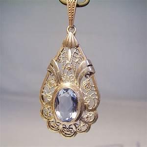 Pierre Precieuse Bleue : pendentif art d co en argent avec une pierre pr cieuse ~ Melissatoandfro.com Idées de Décoration