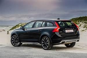 Volvo V60 2018 : 2018 volvo v60 cross country t5 awd full review auto car update ~ Medecine-chirurgie-esthetiques.com Avis de Voitures