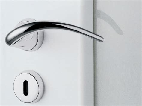 Brass Door Handle With Lock Sinn By Kleis Design Hannes