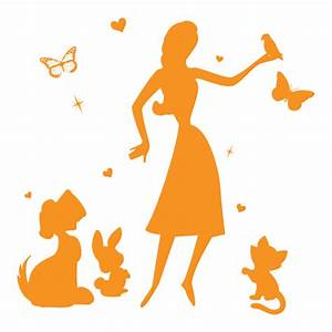 Dog walking vs pet sitting what39s the difference for Babysitter dog sitter