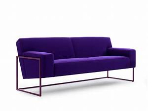 Das Sofa Oder Der Sofa : schlicht und so bequem zugleich das modern geformte sofa von ~ Bigdaddyawards.com Haus und Dekorationen